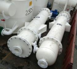上海水喷射真空泵机组和石墨改性聚丙烯降膜吸收器